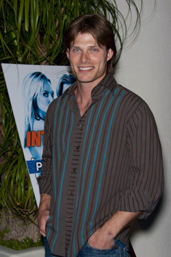 ChrisCarmack-Chris%20Hatcher%20%20PR%20Photos.jpg